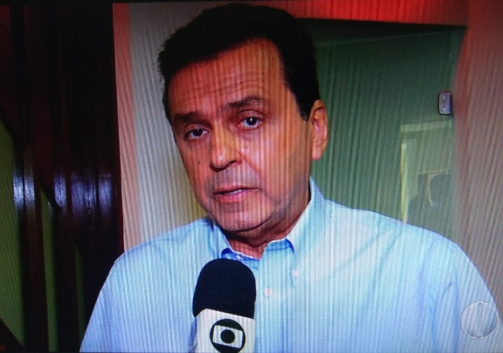 Carlos Eduardo (PDT) gravou programas eleitorais de TV e rádio nesta terça-feira (18). — Foto: Reprodução/Inter TV Cabugi