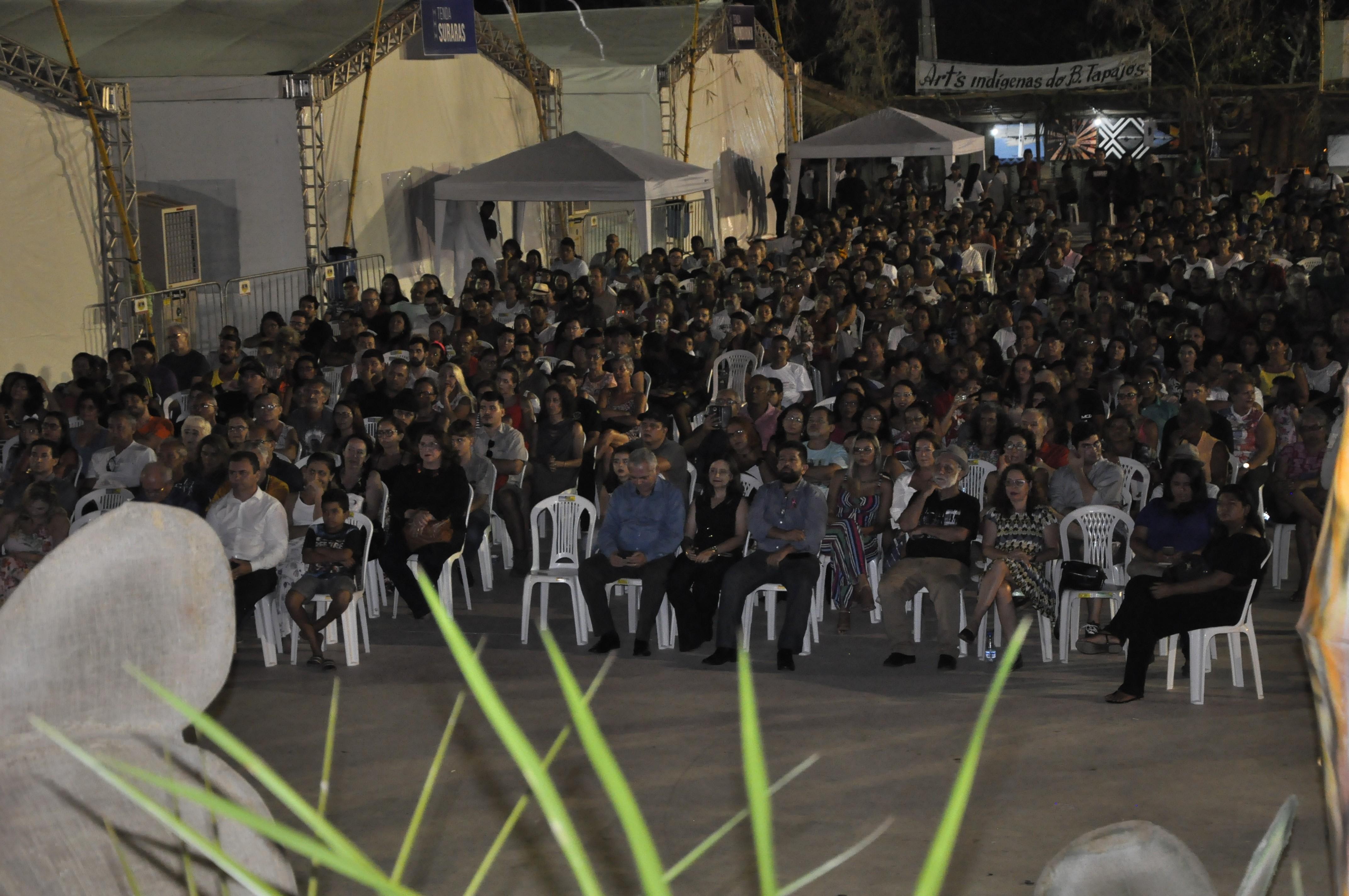 Com exibição de filme e música, Festival de Cinema de Alter do Chão inicia oficialmente - Notícias - Plantão Diário