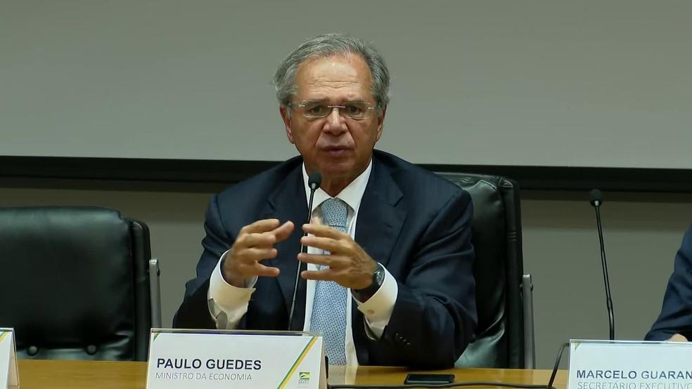 Ministro da Economia, Paulo Guedes, em anúncio de medidas econômicas para enfrentamento ao coronavírus — Foto: Reprodução/GloboNews