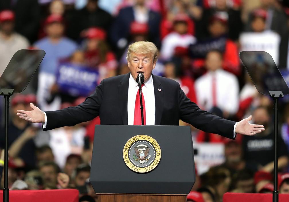 O presidente Donald Trump em um comício no estado de Wisconsin, no dia 27 de abril. — Foto: William Glasheen/The Post-Crescent via AP