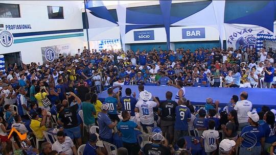 Betinho afirma que Confiança brigará pelo título nas três competições que vai disputar