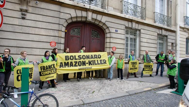 protesto na França_greepeace (Foto: Jérémie Jung/Greenpeace)
