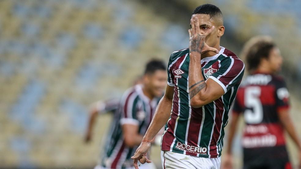 Dinheiro da venda de Gilberto pode ser penhorado no Fluminense — Foto: Lucas Merçon / Fluminense FC
