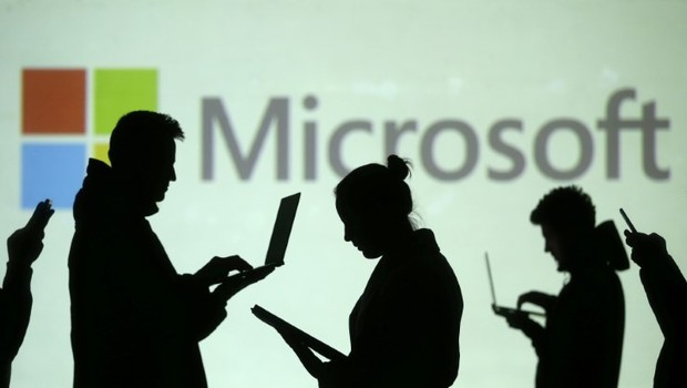 Ação da Microsoft atinge recorde depois de resultado acima do esperado (Foto: Dado Ruvic/Illustration/Reuters)