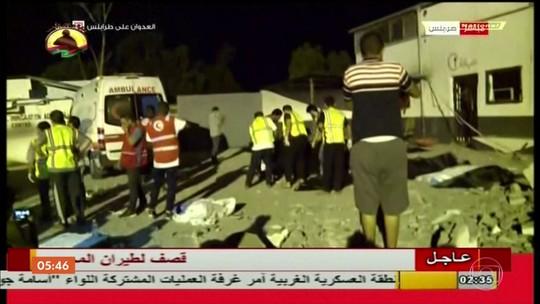 Ataque aéreo deixa pelo menos 40 mortos em centro de detenção de imigrantes na Líbia