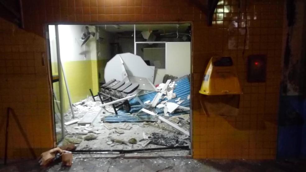 Agência dos Correios foi invadida em Jundiá, no RN (Foto: Polícia Militar/Divulgação)