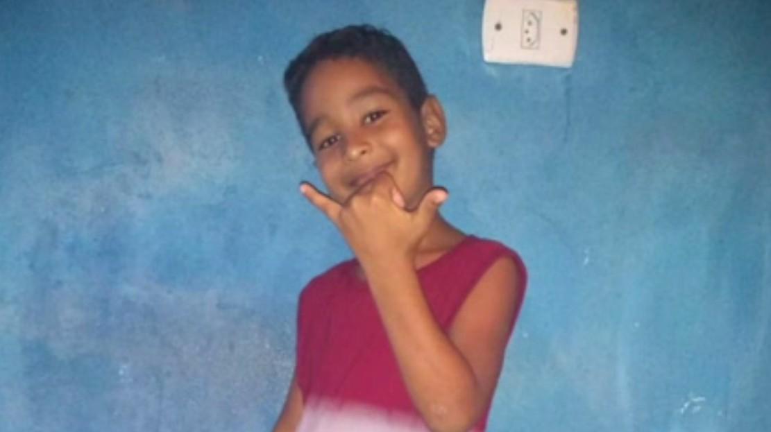 Menino que morreu no acidente com ônibus na BR-376, em Guaratuba, conversou com mãe horas antes: 'Falou que estava chegando, mas nunca chegou'