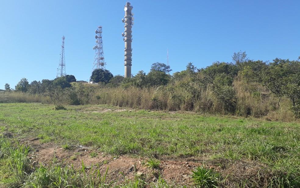 Crime ocorreu no Morro da Serrinha, em Goiânia (Foto: Sílvio Túlio/G1)