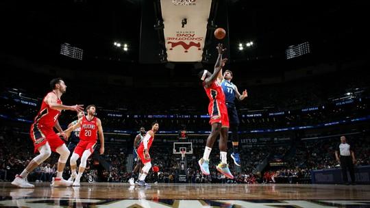 Com 33 pontos e recorde pessoal em rebotes, Doncic leva Mavs a vitória fácil sobre os Pelicans