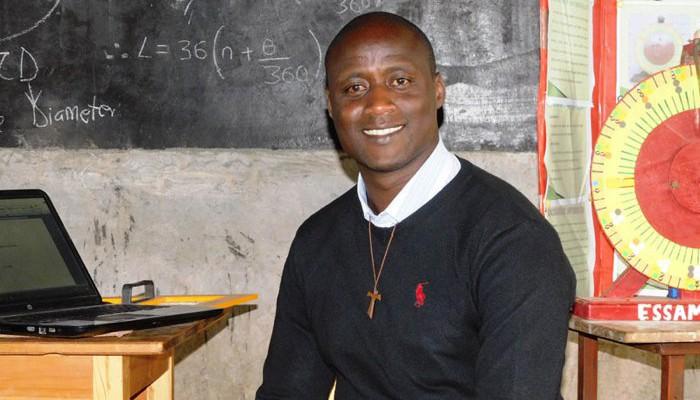 Peter Tabichi é professor no Quênia (Foto: Varkey Foundation)
