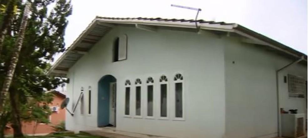 Juiz determinou que aluguel da família não devem ser pagos com recursos da campanha (Foto: reprodução TV Globo)