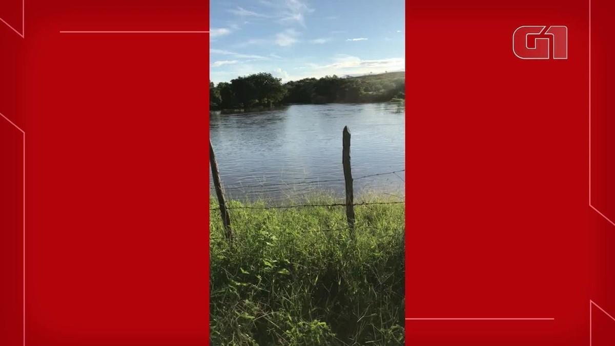 Banhista fica preso em bueiro e morre em rio no interior do Ceará