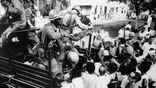 Temendo possível expansão do comunismo no Caribe, Estados Unidos intervieram militarmente na República Dominicana em 1965 (Foto: Getty Images via BBC News)