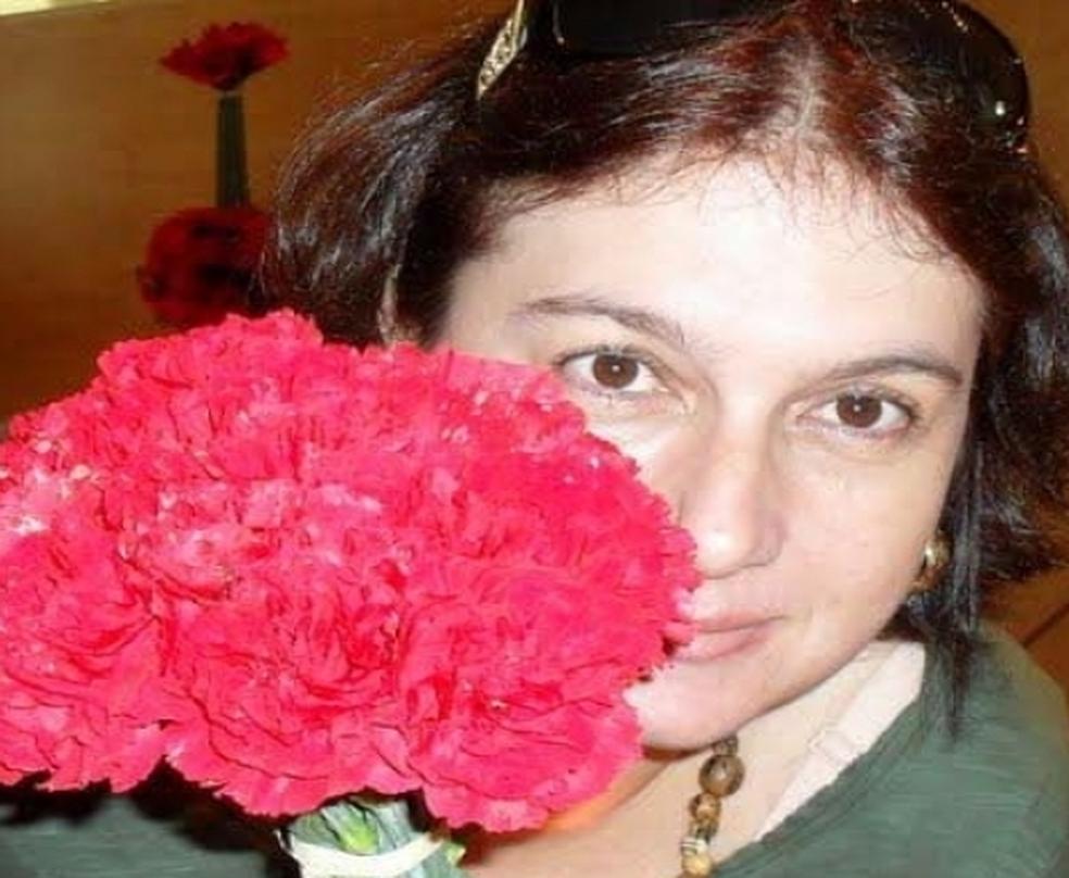 Danielle Christina Lustosa foi encontrada morta dentro da própria casa (Foto: Arquivo Pessoal)