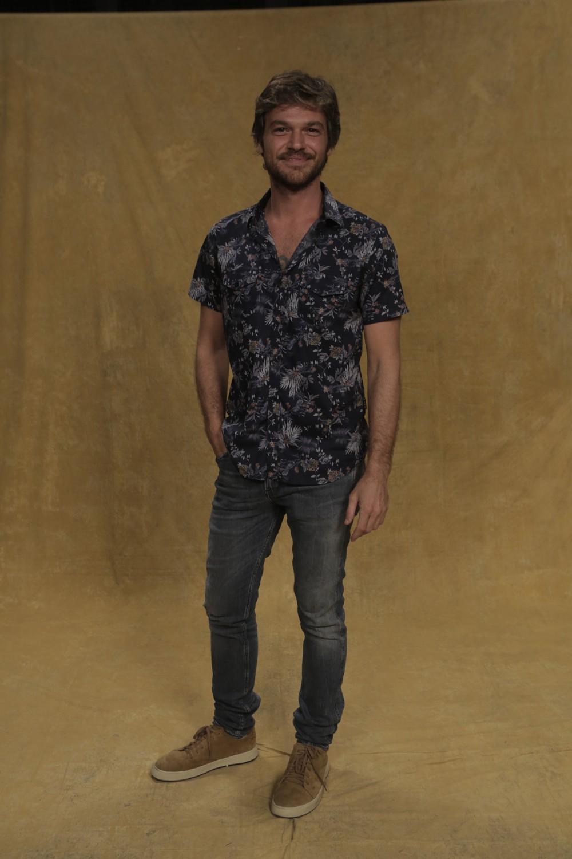 Emilio Dantas será o cantor Beto Falcão (Foto: Raphael Dias/Gshow)