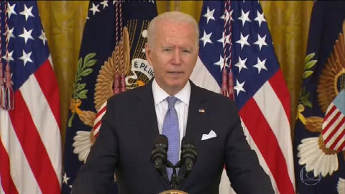 Biden quer todos os funcionários do governo americano vacinados