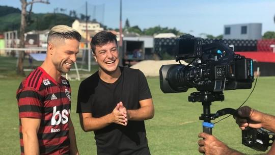 """Quintal da Bola com Diego: camisa 10 do Flamengo vai do pagode ao gospel no """"Playlist"""""""