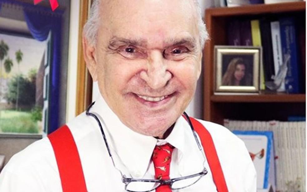 Médico Elsimar Coutinho morreu nesta segunda-feira (17), em São Paulo — Foto: Redes Sociais / Reprodução