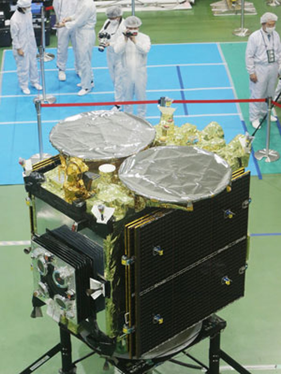 A sonda espacial Hayabusa-2 (Foto: Jiji Press / AFP Photo)