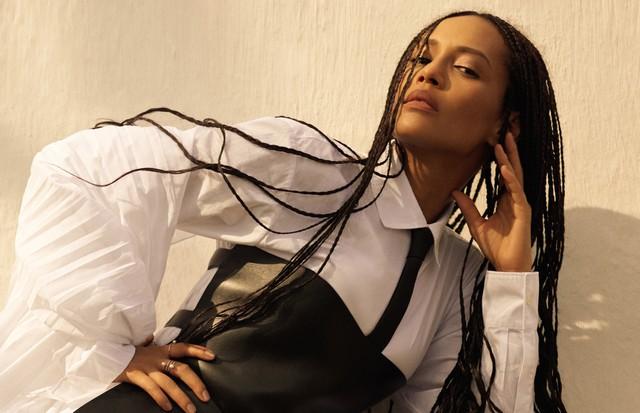 Taís Araujo é a cover-girl da Vogue de novembro especial Rio de Janeiro (Foto: Vogue Brasil)