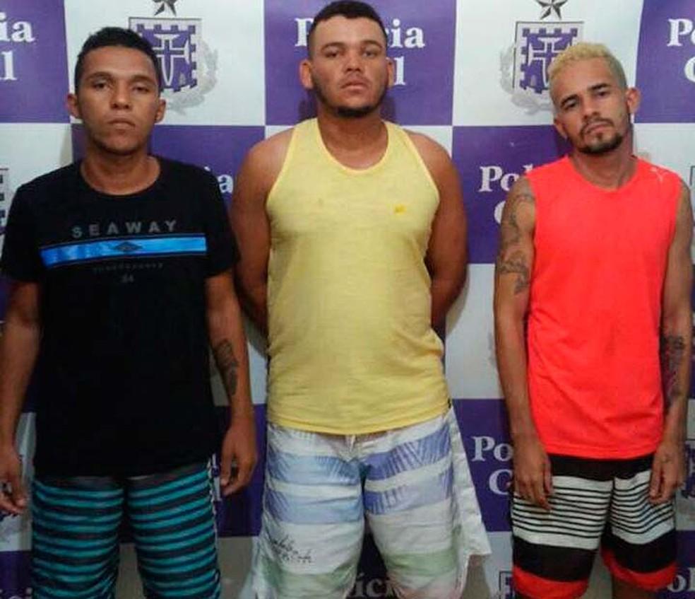 Com dinheiro de resgate, trio suspeito de sequestrar fazendeiro na Bahia é preso no aeroporto de Salvador (Foto: Divulgação/Polícia Civil)