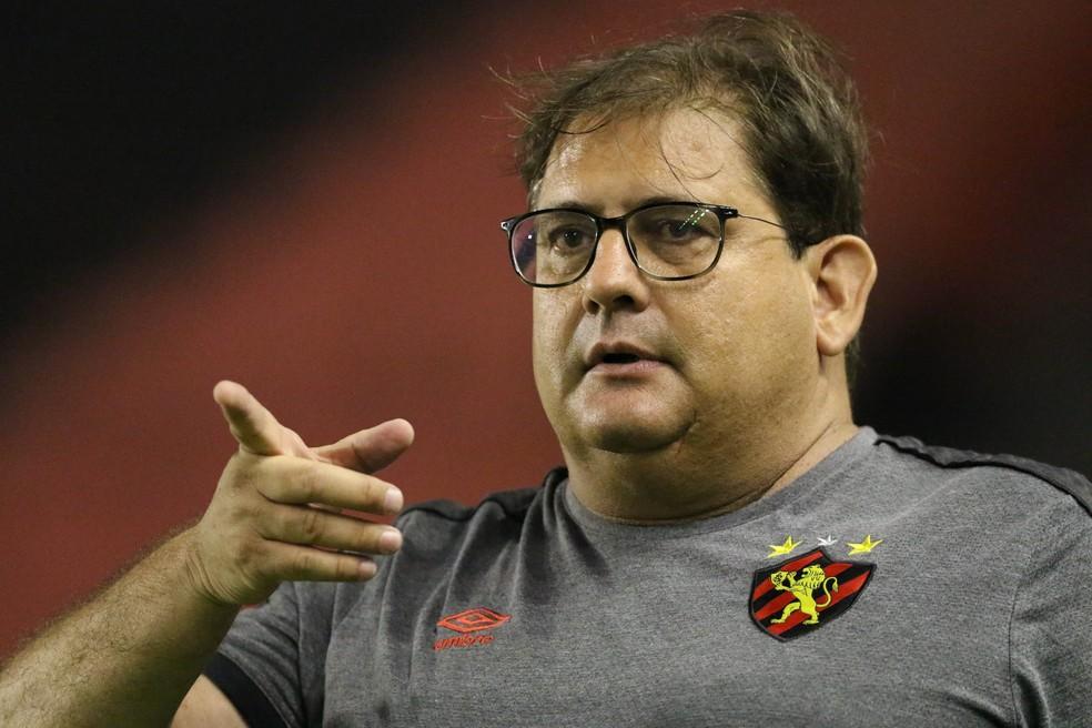 Caso o Sport não consiga regularizar reforços, Guto Ferreira terá quebra-cabeça para montar no Sport — Foto: Marlon Costa / Pernambuco Press