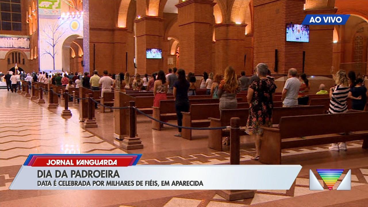 Veja o movimento do Santuário de Aparecida durante a última missa do dia