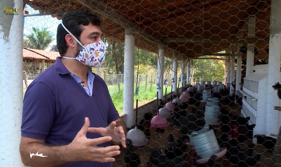 Empresário é um dos maiores criadores da espécie no Nordeste — Foto:  Foto: TV Clube