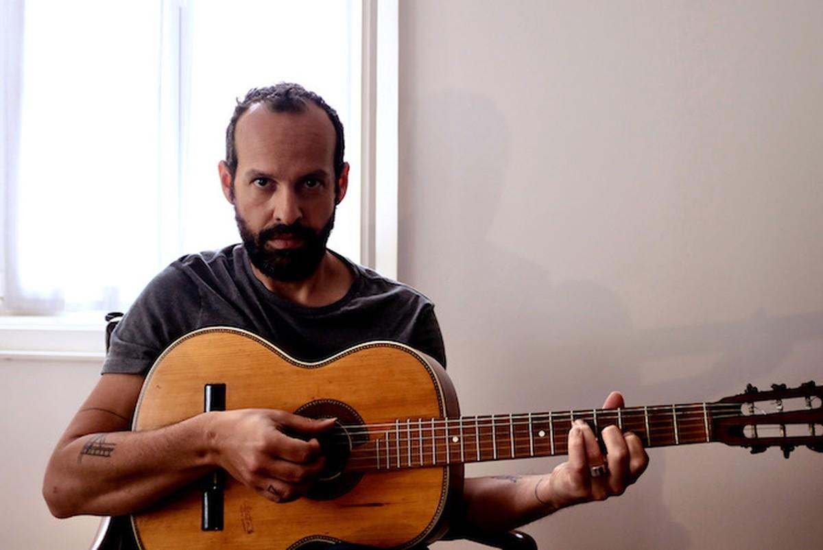 Momo anuncia para agosto o EP 'Sail your boat into my sea' | Blog do Mauro Ferreira