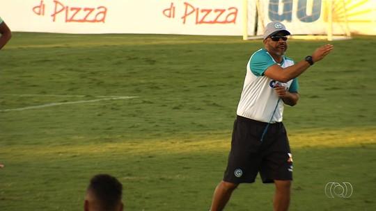 Com Tony suspenso, Bambu deve iniciar Série B como titular na lateral-direita