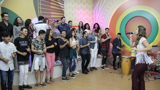 """""""Sou apaixonada pela Região Norte"""", conta Leka Denz no 'Paneiro' de sábado (07)"""