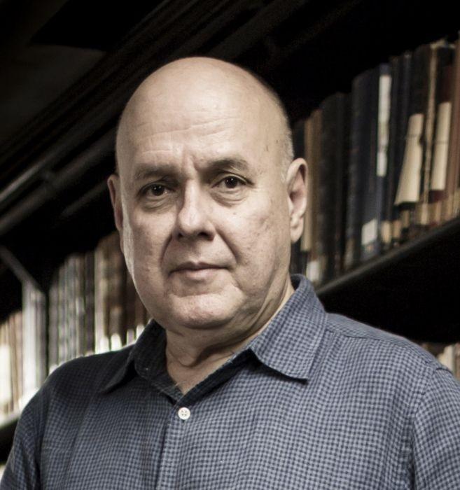 Renato Lessa