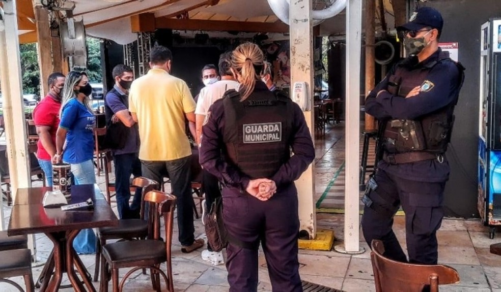 Bar da zona Sul de Natal é interditado após registro de aglomeração — Foto: Divulgação/Semdes