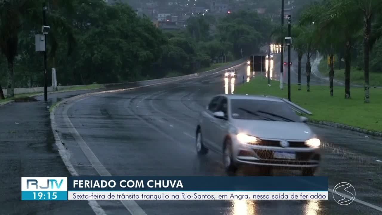 Rodovia Rio-Santos deve ter aumento no fluxo de veículos com feriado prolongado