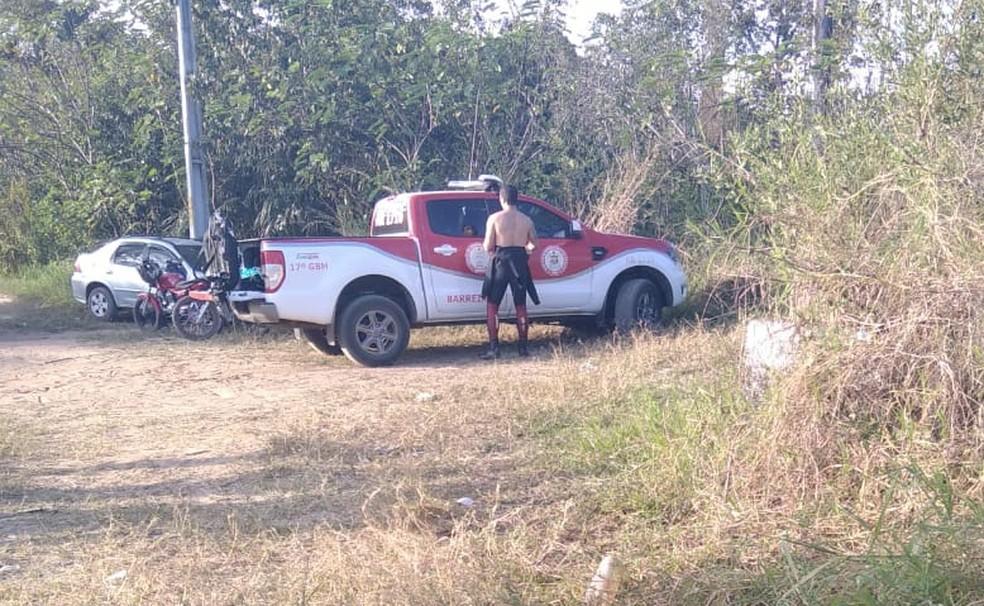 O resgate do corpo foi feito por uma equipe do 17º Grupamento de Bombeiros Militar, no Rio das Ondas, em Luís Eduardo Magalhães  — Foto: Divulgação/Corpo de Bombeiros
