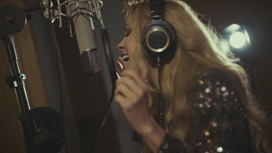 Joelma lança videoclipe com a cantora Marília Mendonça