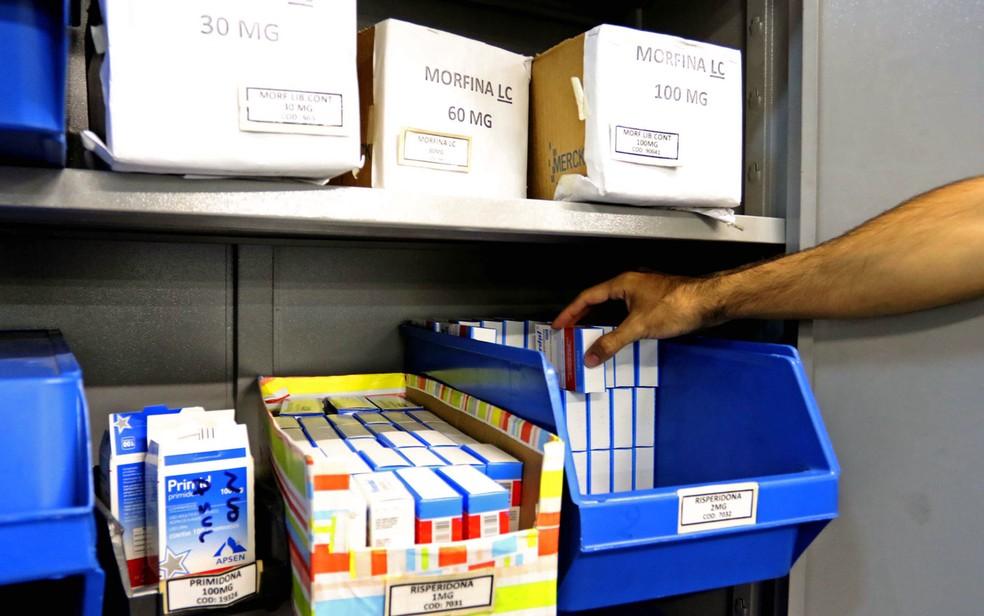 Remédios estocados em Farmácias de alto custo do Distrito Federal (Foto: Andre Borges/Agência Brasília)
