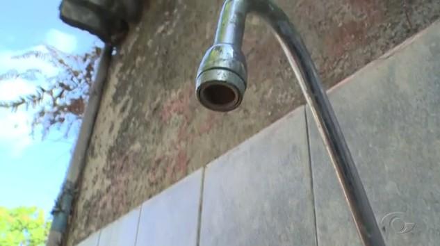 Alto consumo pode deixar moradores de Curitiba e da Região Metropolitana sem água - Noticias