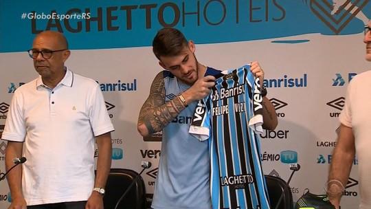 """Apresentado, Vizeu elogia Renato Gaúcho e diz que """"bateu o pé"""" para jogar no Grêmio"""