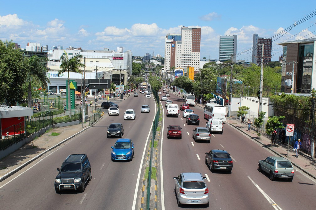 Avenida Djalma Batista, bairro Chapada (Foto: Patrick Marques/G1 AM)