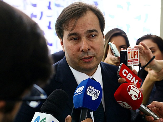 O presidente da Câmara, Rodrigo Maia, fala sobre as pressões em torno do processo de cassação de Eduardo Cunha (Foto: Antonio Augusto / Câmara dos Deputados)
