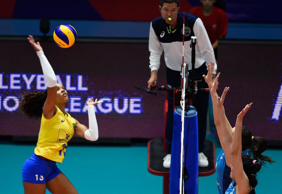 Brasil teve vida tranquila contra a Argentina (Foto: Divulgação/FIVB)