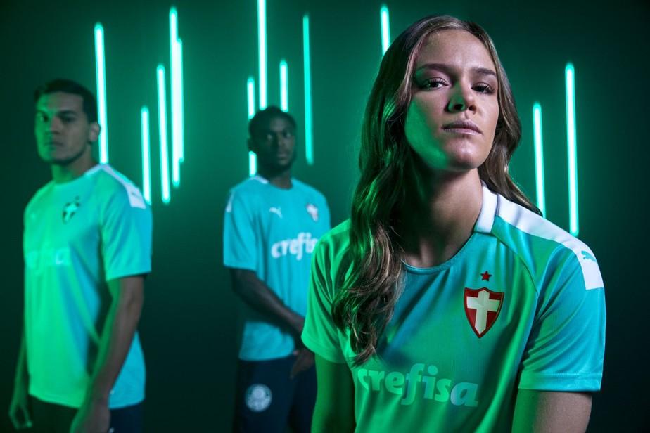 Palmeiras apresenta terceira camisa e faz homenagem ao aniversário do clube; veja fotos