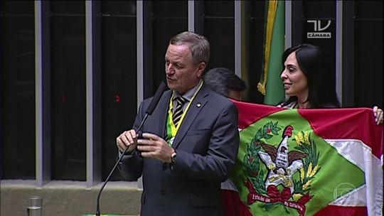 Ministra anuncia deputado da bancada ruralista para chefiar Serviço Florestal