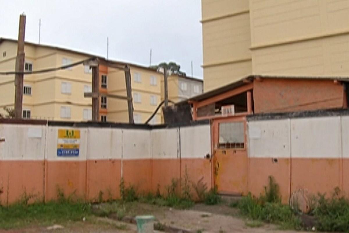 Compradores esperam há cinco anos por entrega de apartamentos em Mogi