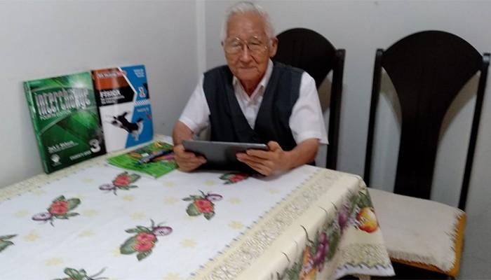 Antônio Tunouti, de 81 anos, foi aprovado no vestibular da UEL (Foto: Arquivo Pessoal)
