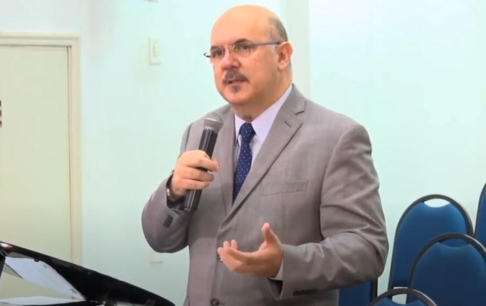 O professor e pastor Milton Ribeiro — Foto: Reprodução/Redes sociais