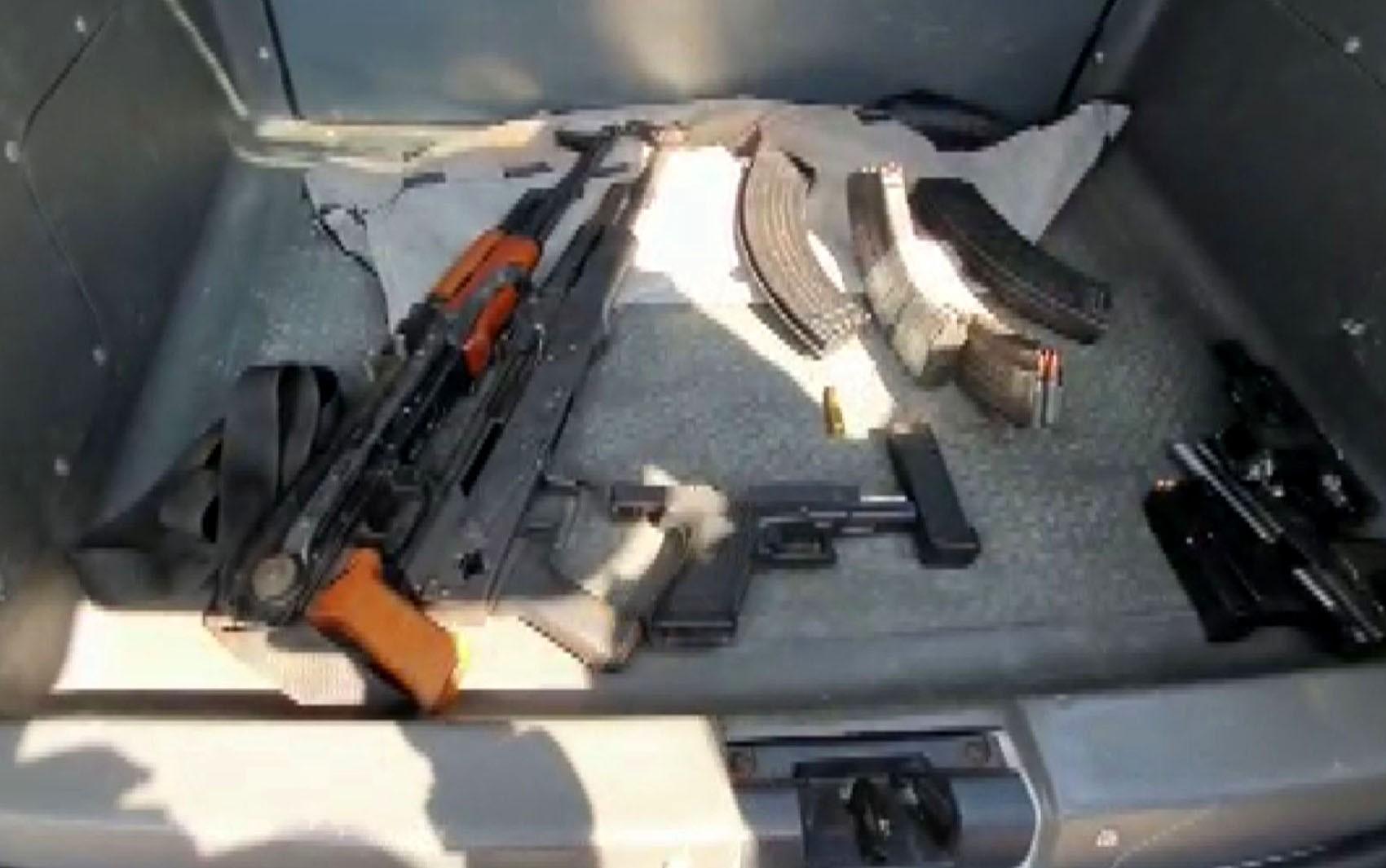 Assalto em Viracopos: PF divulga lista com armas de guerra e 630 munições em fundo falso de caminhão e casas de reféns - Notícias - Plantão Diário