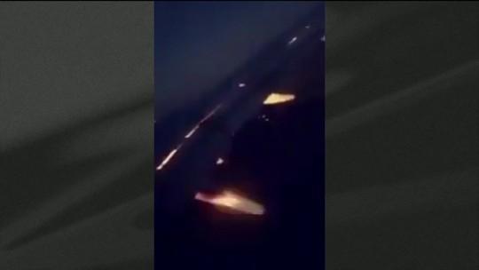 Turbina de avião com seleção da Arábia Saudita pega fogo