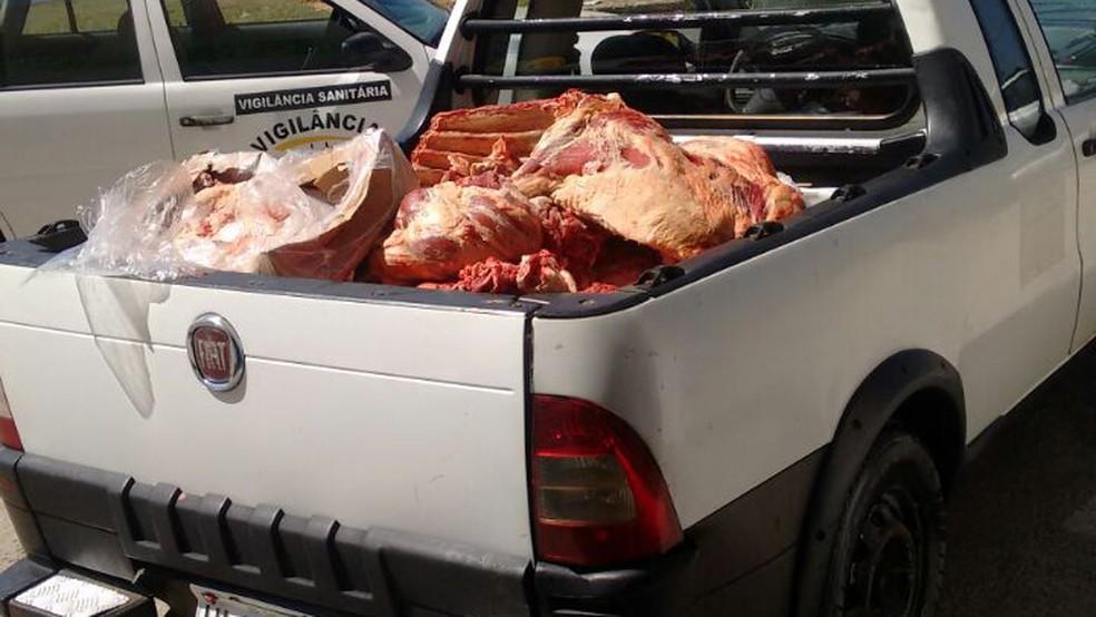 Cerca de 400 kg de carne foram apreendidos durante a operação na Grande BH (Foto: Polícia Civil/Divulgação)